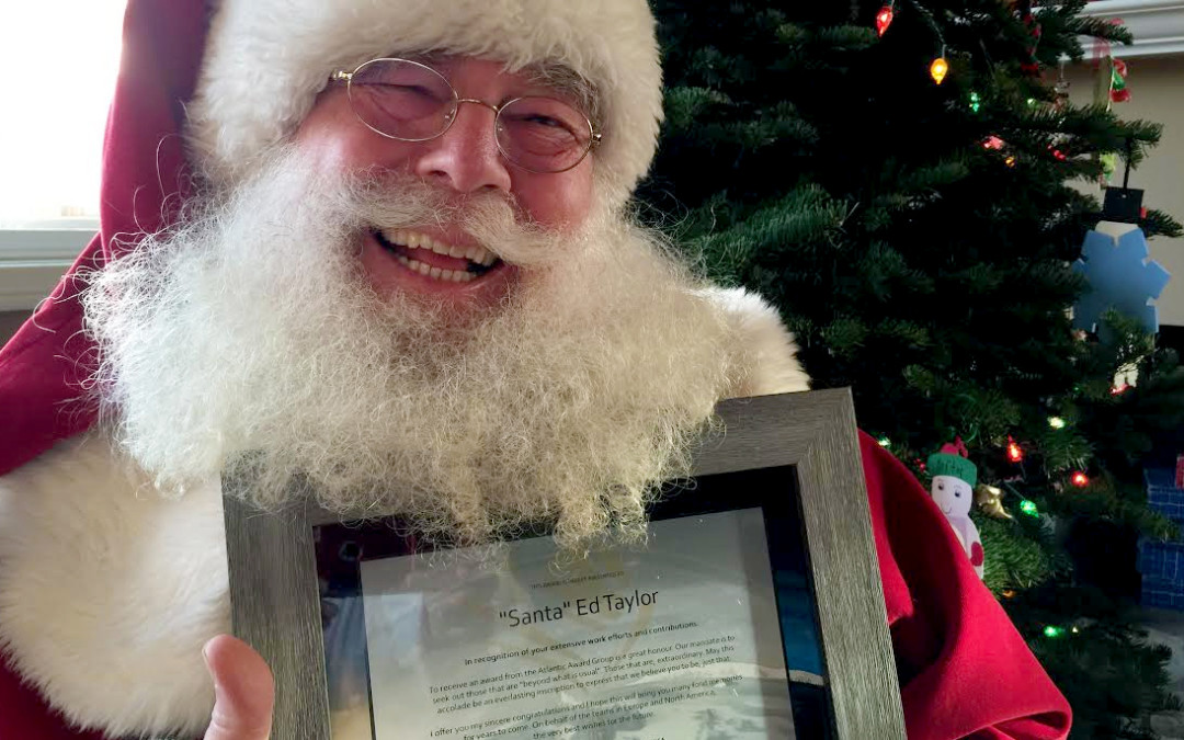 Award to Santa (Ed Taylor)